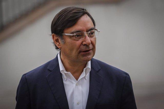 El intendente metropolitano de Santiago de Chile, Felipe Guevara.