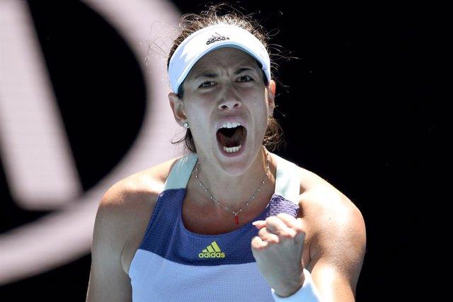 Tenis/Australia.- Muguruza se mantiene firme ante Pavlyuchenkova y jugará las se