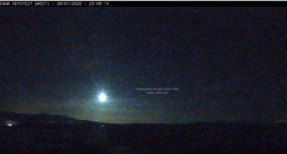 Una brillante bola de fuego provocada por una roca de un asteroide, visible de madrugada en puntos de Sevilla y Cádiz