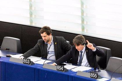 Puigdemont y Comín renuncian a integrarse en el grupo de Los Verdes/ALE de la Eurocámara