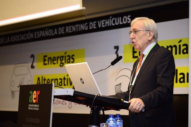 El presidente de la Asociación Española de Renting de Vehíclos, Agustín García, en la IX Convención de la AER