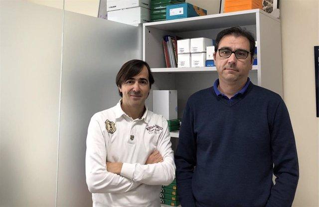 Los investigadores Jose Luis Martín Ventura (izquierda) y Luis M. Blanco Colio del CIBERCV/Fundación Jiménez Díaz
