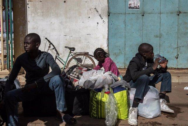 Unos niños en Banjul