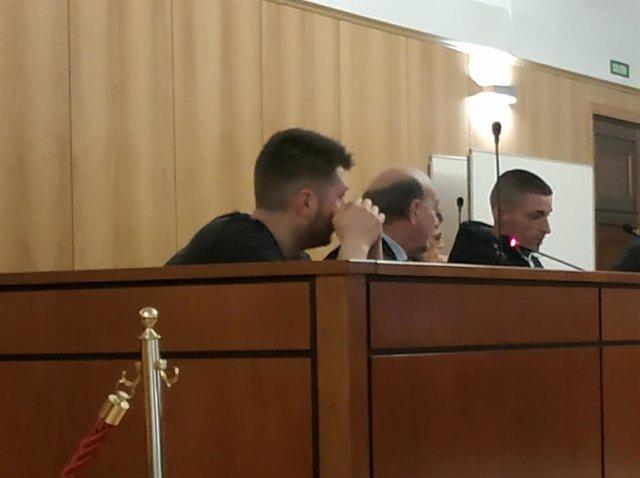 Los dos condenados, en el banquillo de la Audiencia de Valladolid.