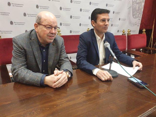 Francisco Cuenca y Paco Herrera en rueda de prensa para presentar la moción