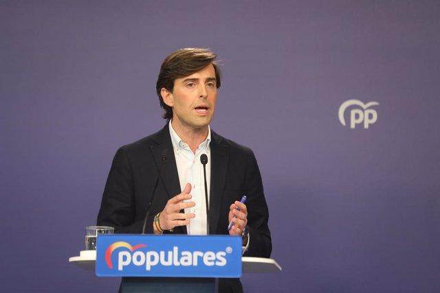 El vicesecretario de Comunicación del Partido Popular, Pablo Montesinos, ofrece una rueda de prensa en la sede del partido, en Madrid a 14 de enero de 2020.