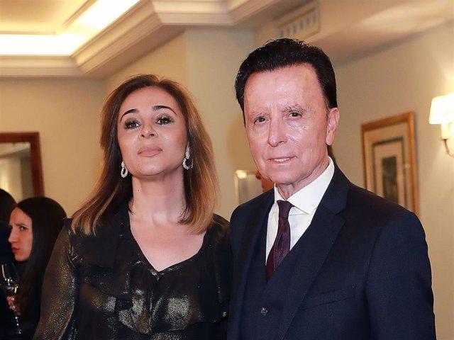 La Infanta Elena recibe el Capote de las Artes 2019