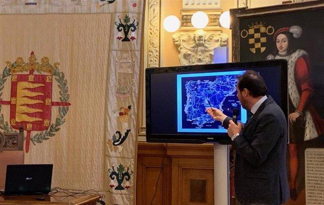 El alcalde de Valladolid, en rueda de prensa sobre asuntos tratados con el Ministerio de Fomento.