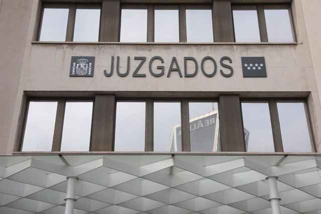 Sucesos.- Se fuga un detenido de los Juzgados de Plaza de Castilla tras golpear