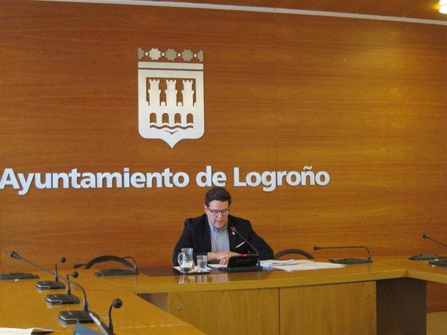 El portavoz del Equipo de Gobierno Local, Kilian Cruz Dunne