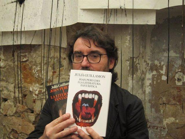 El escritor, periodista y crítico literario Juli Guillamon