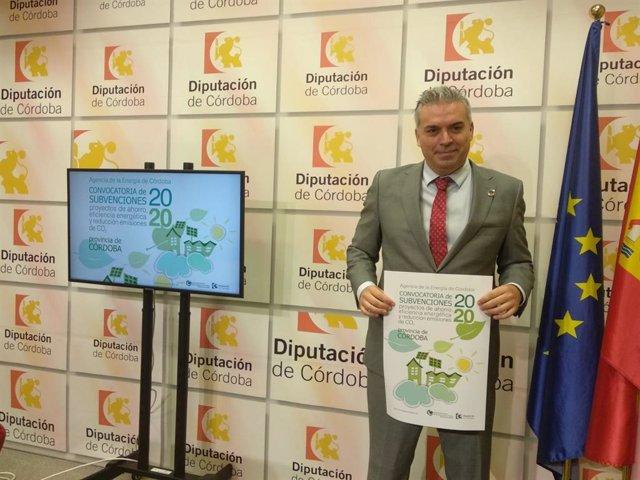 El presidente de la Agencia Provincial de la Energía de la Diputación de Córdoba, Víctor Montoro