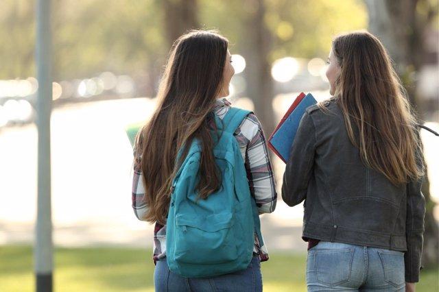 El trastorno límite de personalidad puede confundir a los padres con la rebeldía de juventud.