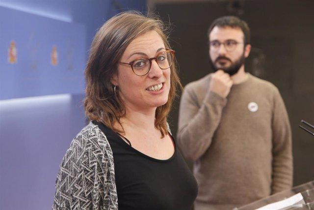 Los diputados de la CUP en el Congreso de los Diputados Mireia Vehí, y Albert Botran