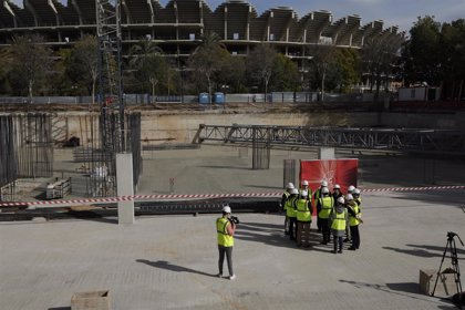 Vodafone pone la primera piedra de su nueva sede en València, que albergará 500 puestos de trabajo