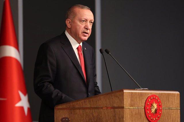 Siria.- Erdogan acusa a Rusia de no cumplir los acuerdos en Siria y dice que Tur