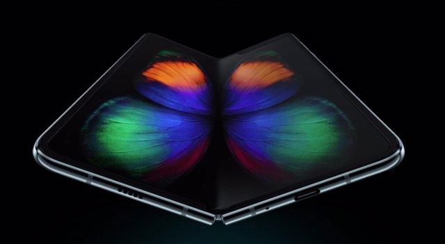 Samsung Galaxy Z Flip estará disponible en morado y tendrá una pantalla plegable