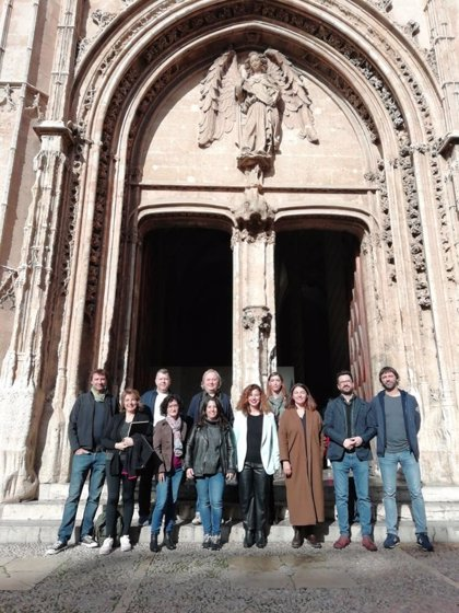 Nueve creadores de Baleares intervendrán artísticamente en espacios de la Fundación Vicente Ferrer en Anantapur