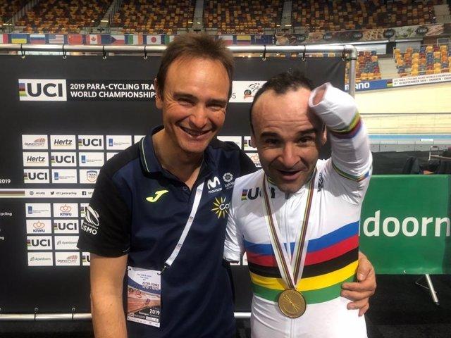 Ricardo Ten celebra junto a Félix García Casas su oro mundial
