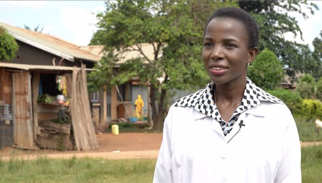 La doctora ugandesa Irene Kyamummi