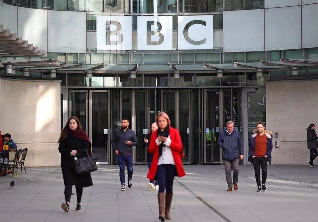 La BBC despide a 450 trabajadores para ahorrar 47 millones al año