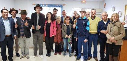 Rocío Ruiz visita al primer cuarteto formado por personas con discapacidad del concurso del Carnaval de Cádiz
