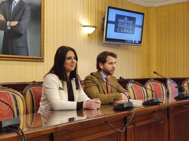 Purificación Joyera y Fernando Priego, durante el encuentro en Cabra