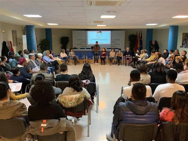 Eduardo Santos interviene en la sesión constituyente del Foro de las Personas Migrantes de Navarra