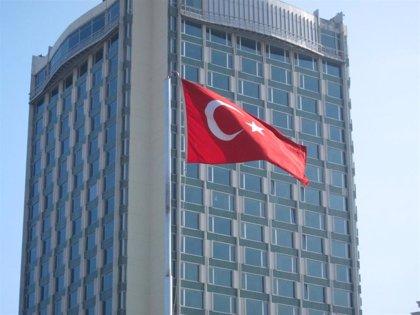 Una fragata turca intercepta a 30 migrantes en el Mediterráneo y los devuelve a Libia