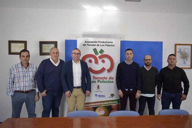 Reunión de la Mesa del Tomate de Los Palacios