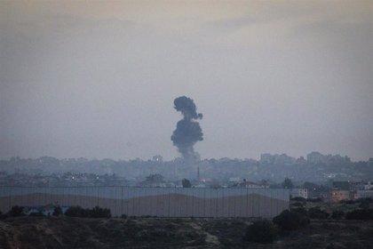 Israel ataca varios objetivos de Hamás en la Franja de Gaza en respuesta al lanzamiento de un proyectil