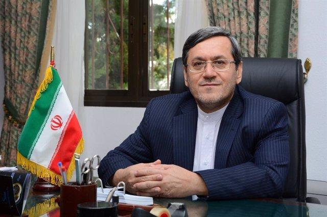 El embajador de España en Irán, Hasán Ghasgahvi, en la sede de la legación diplomática en Madrid