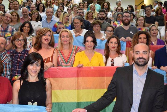 La consejera de Igualdad, Rocío Ruiz, en una imagen de archivo de un acto previo a la celebración del Día del Orgullo Lgtbi.