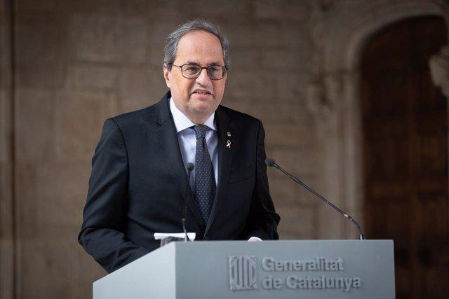 El president de la Generalitat, Quim Torra, arriba a la declaració institucional en la qual ha afirmat que hi haurà un avançament electoral a Catalunya, al Palau de la Generalitat, Barcelona (Catalunya), 29 de gener del 2020.