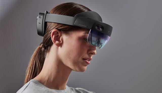 HoloLens 2.