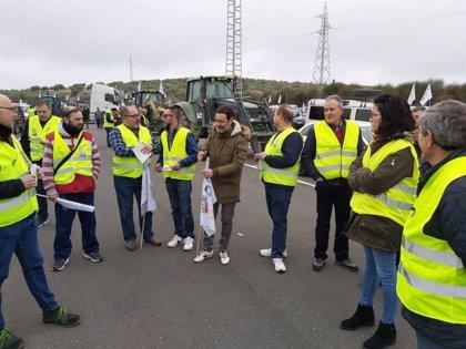 Adelante Andalucía recuerda al ministro de Agricultura su compromiso con el campo andaluz