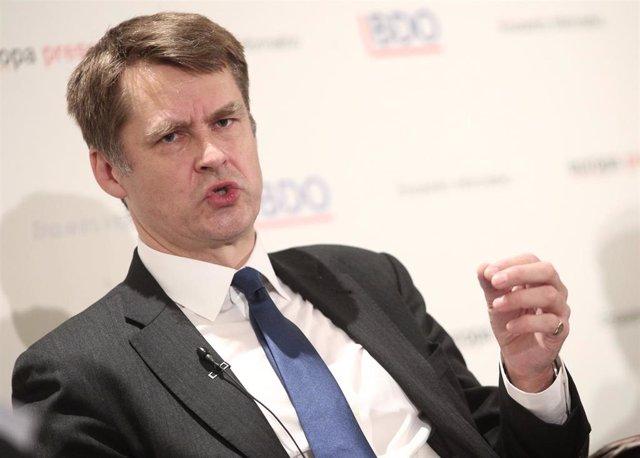 El embajador del Reino Unido en España, Hugh Elliott, durante su intervención en el encuentro informativo 'España - Reino Unido: un reto global de futuro' organizado por Europa Press, en Madrid (España), a 31 de enero de 2020.