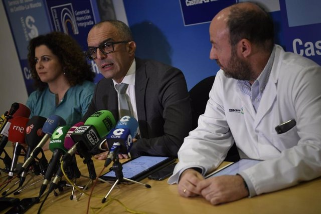 El director general de Salud Pública del Gobierno de Castilla-La Mancha, Juan Camacho, en rueda de prensa en Ciudad Real