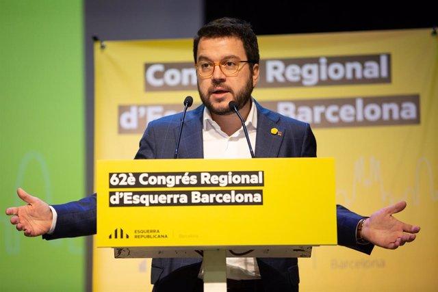 Intervenció de Pere Aragons durant el congrés de la Federació de Barcelona d'ERC