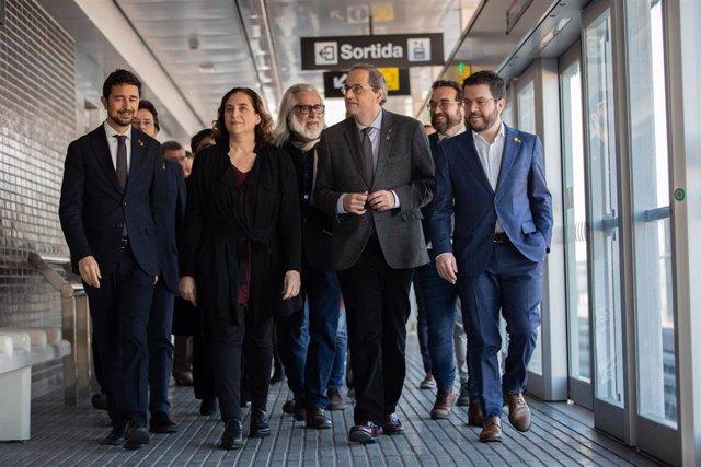 El conseller de Territorio y Sostenibilidad Dami Calvet, la alcaldesa de Barcelona Ada Colau, el presidente de la Generalitat Quim Torra y el vicepresidente Pere Aragons en la inauguración de la estación de metro de Zona Franca