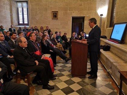 La Fundación Alberto Jiménez-Becerril entrega su VI Premio contra el Terrorismo al cardenal Miguel Ayuso Guixot