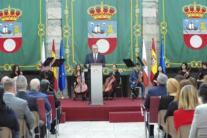 """Gómez pide """"consenso"""" en Cantabria de cara a la negociación de la financiación autonómica"""