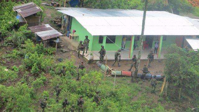 Colombia.-  Más de 400 familias desplazadas en el suroeste de Colombia por enfre