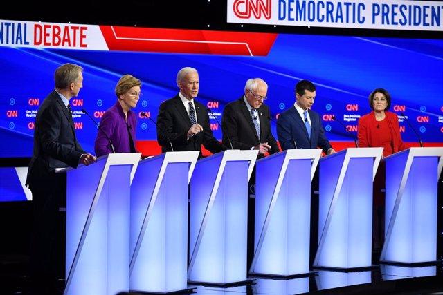 EEUU.- Los demócratas miden fuerzas en Iowa, de donde podrían salir varios vence
