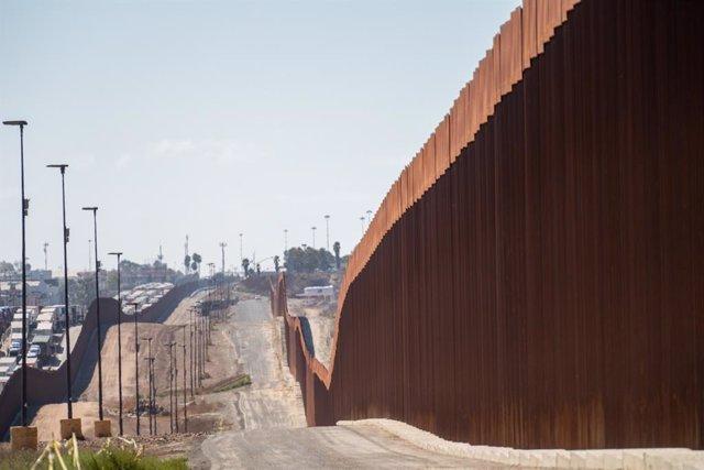EEUU.- Los candidatos demócratas apuestan por más inmigración controlada en sus
