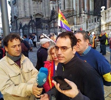 """Valero (IU) exige al Gobierno andaluz que cumpla la Ley de Memoria: """"Estamos en riesgo de emergencia democrática"""""""
