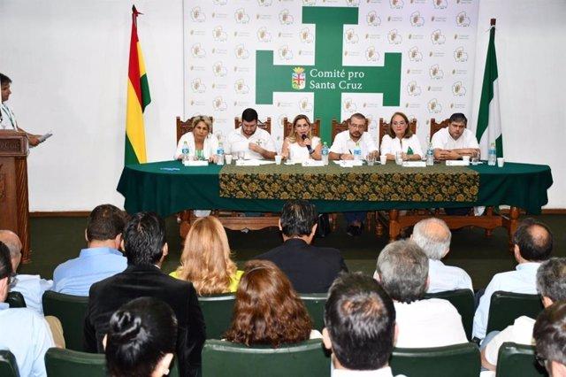 Cumbre por la unidad de los candidatos conservadores a presidir Bolivia