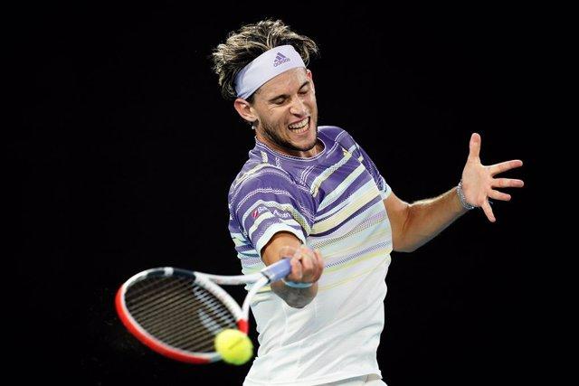 """Tenis/Australia.- Thiem, al equipo de Djokovic: """"Lo habéis ayudado a llevar el t"""