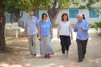 Armengol visita en Anantapur un centro hospitalario para enfermos de VIH financiado con fondos de cooperación del Govern