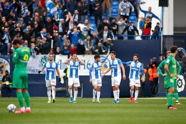 Fútbol/Primera.- (Crónica) El Sevilla se atasca y el Getafe sube al podio